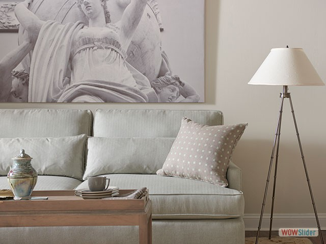 white-couch-lamp-4560-640